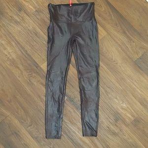 Spanx maroon wet look high rise leggings large